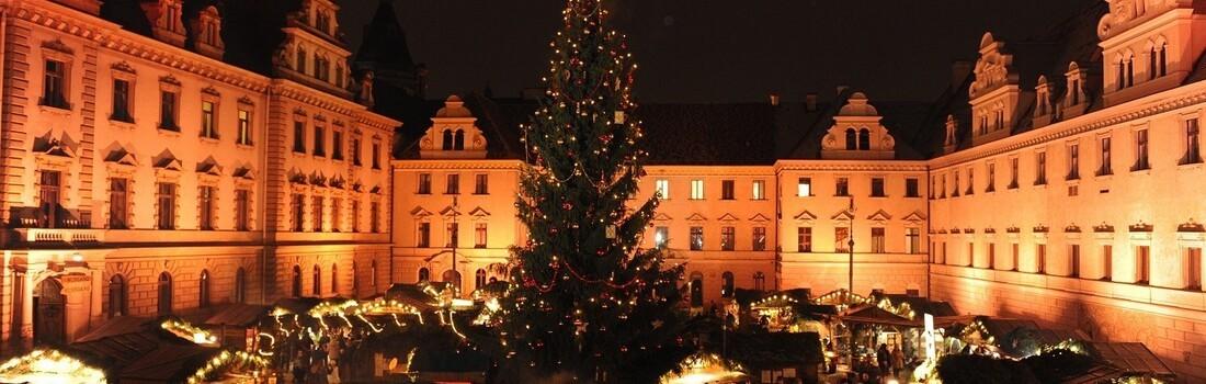 Romantischer Weihnachtsmarkt.Regensburg Romantischer Weihnachtsmarkt Eröffnet Tva
