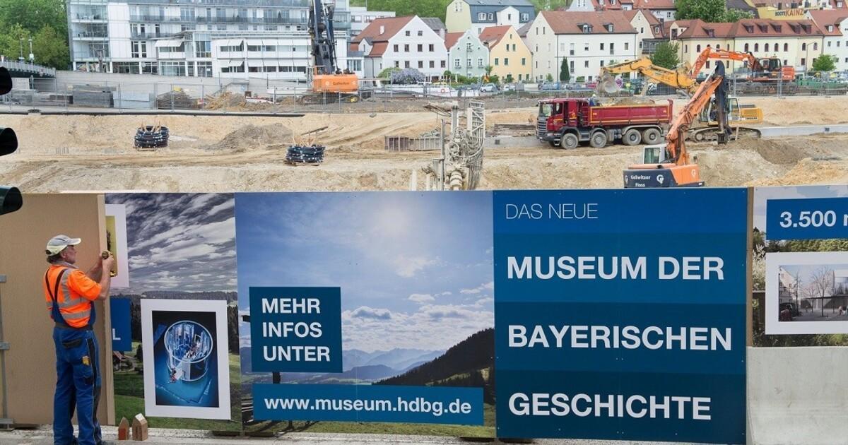 museum der bayerischen geschichte baustelle eingekleidet tva. Black Bedroom Furniture Sets. Home Design Ideas